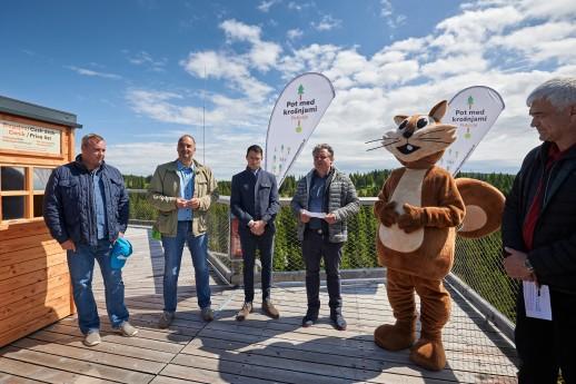 Prvi spust po verjetno najvišje ležečem toboganu v Sloveniji